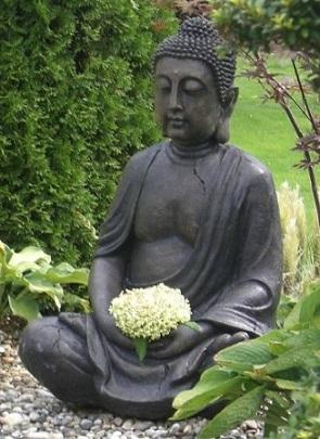 Bouddha dans son jardin for Bouddha dans jardin