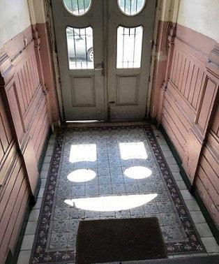 déco porte fenêtre heureuse de retrouver le soleil